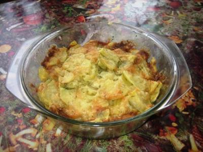 картофель, запечённый  с майонезом и сыром в микроволновке