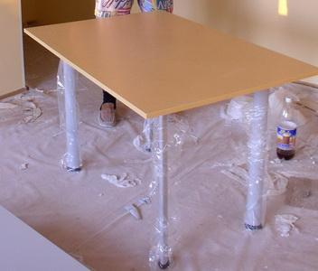 Как сделать кухонный стол своими руками?