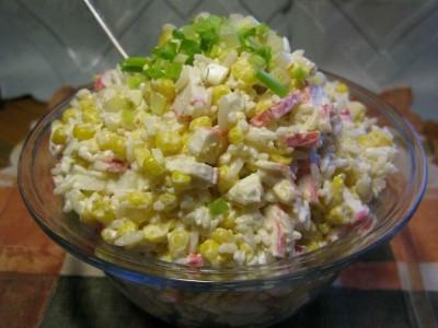 салат с крабовыми палочками рецепт классический