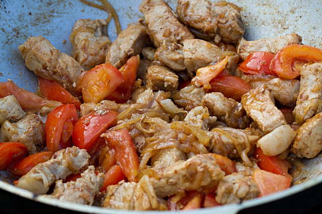 Рецепт вкусный свинины на сковороде