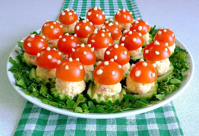 рецепт салата в корзиночках из сыра