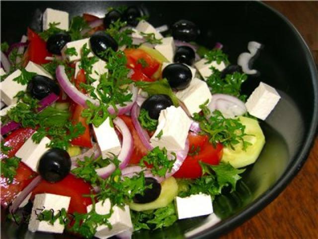 Оригинальные рецепты салатов с фото